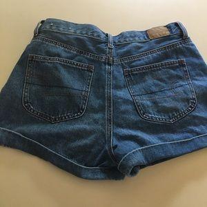 American Eagle NWOT Mom Jean Shorts 8 Cuffed